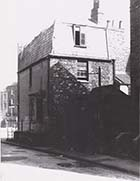 Rear of house on corner of Trafalgar Place from Pleasant Place 1960 | Margate History